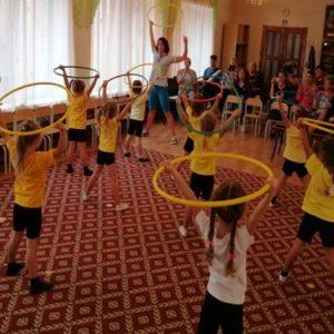 Початкові елементи гімнастики