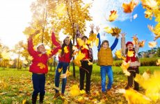 Запрошуємо дітей з 6 -ти років на програму «РАДІСНІ КАНІКУЛИ»